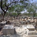 Jewish-Graveyard_01