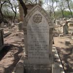 Jewish-Graveyard_06