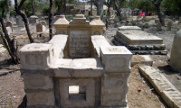 Jewish-Graveyard_12