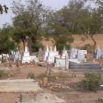 hindugraveyard_43