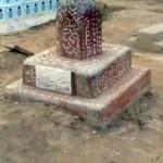 hindugraveyard_50
